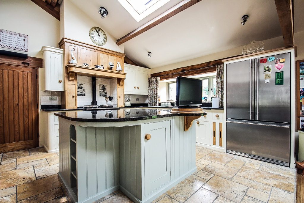 specialist kitchen cabinet painter Preston Lancashire