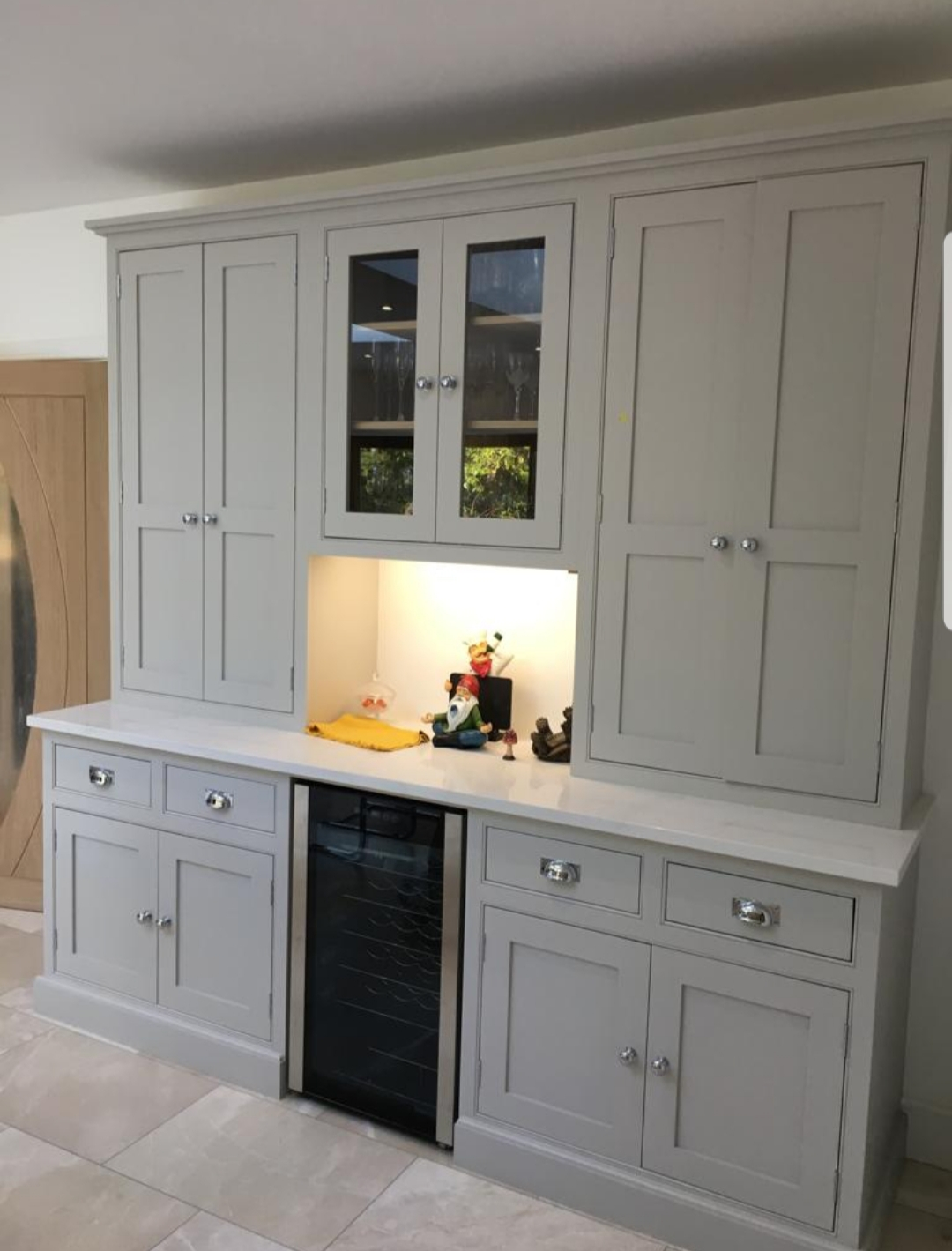 Kitchen painter Surrey, hand painted kitchen Surrey, kitchen cabinet painter London