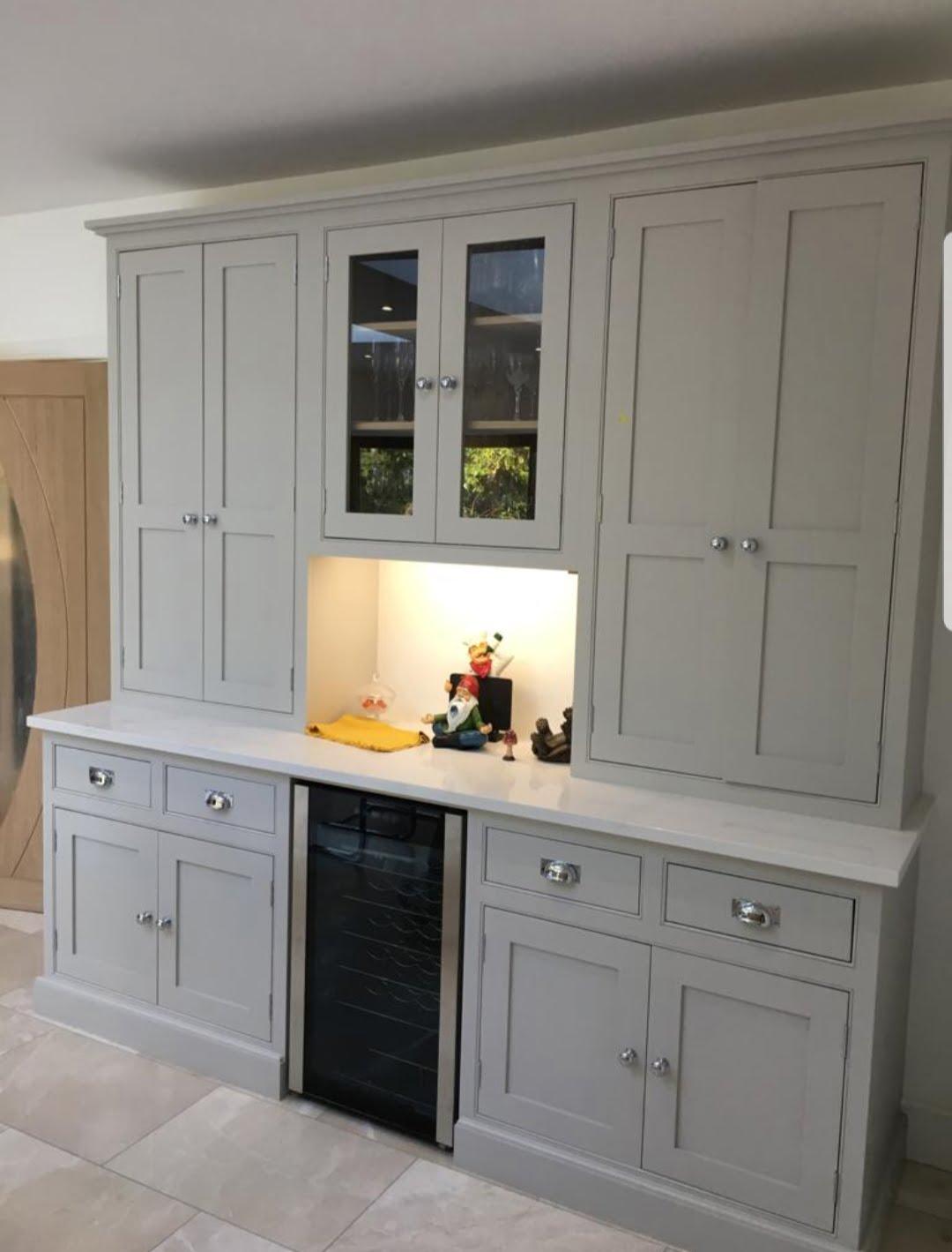 Kitchen painter Surrey, hand painted kitchen Surrey, kitchen cabinet painter London