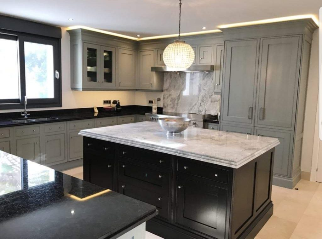 Clive Christian Marbella   Painted Kitchen - Hand Painted ...