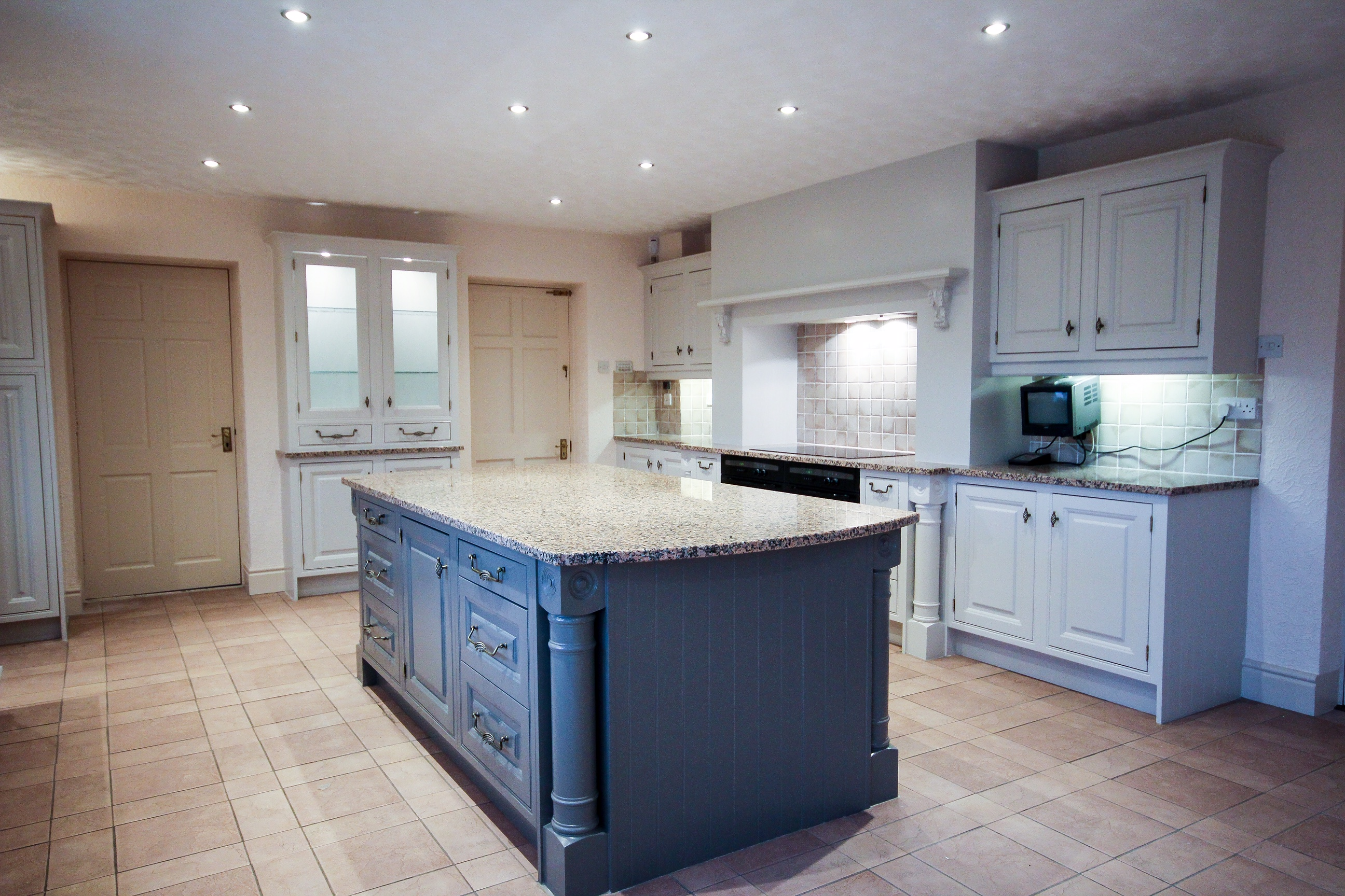 kitchen cabinet painters Merseyside