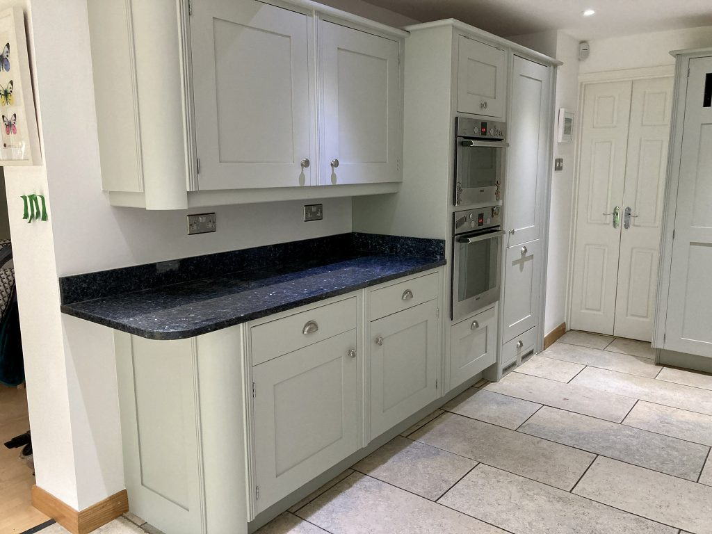 painted smallbone kitchen